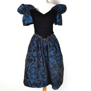 Vintage 80s Gunne Sax Black Velvet Blue Prom Dress